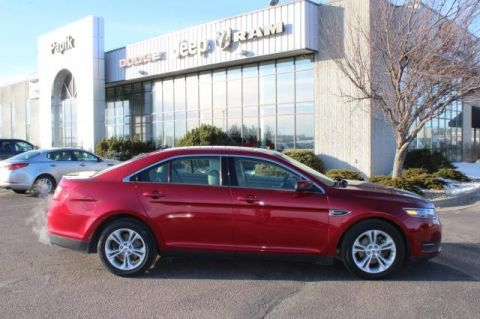 Pre-Owned 2015 FORD TAURUS SEL FRONT WHEEL 4 Door